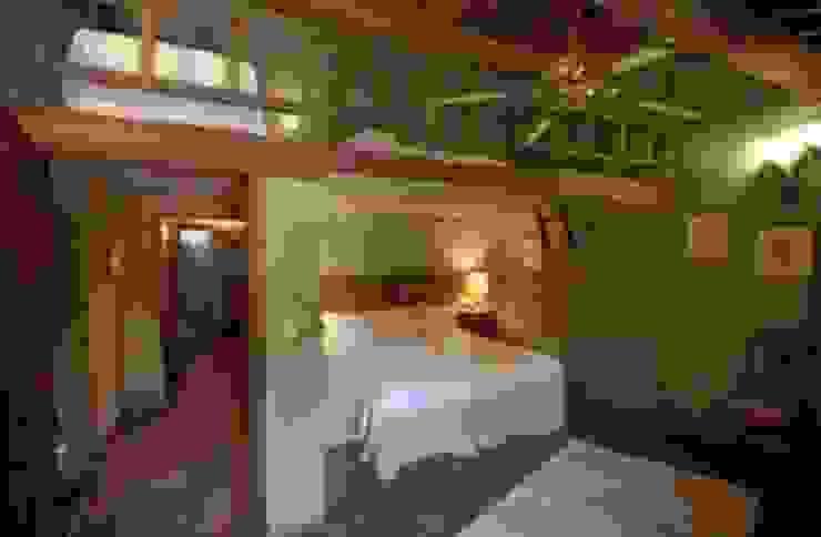 Kırsal Yatak Odası Studio Tecnico Progettisti Associati Ing. Marani Marco & Arch. Dei Claudia Kırsal/Country