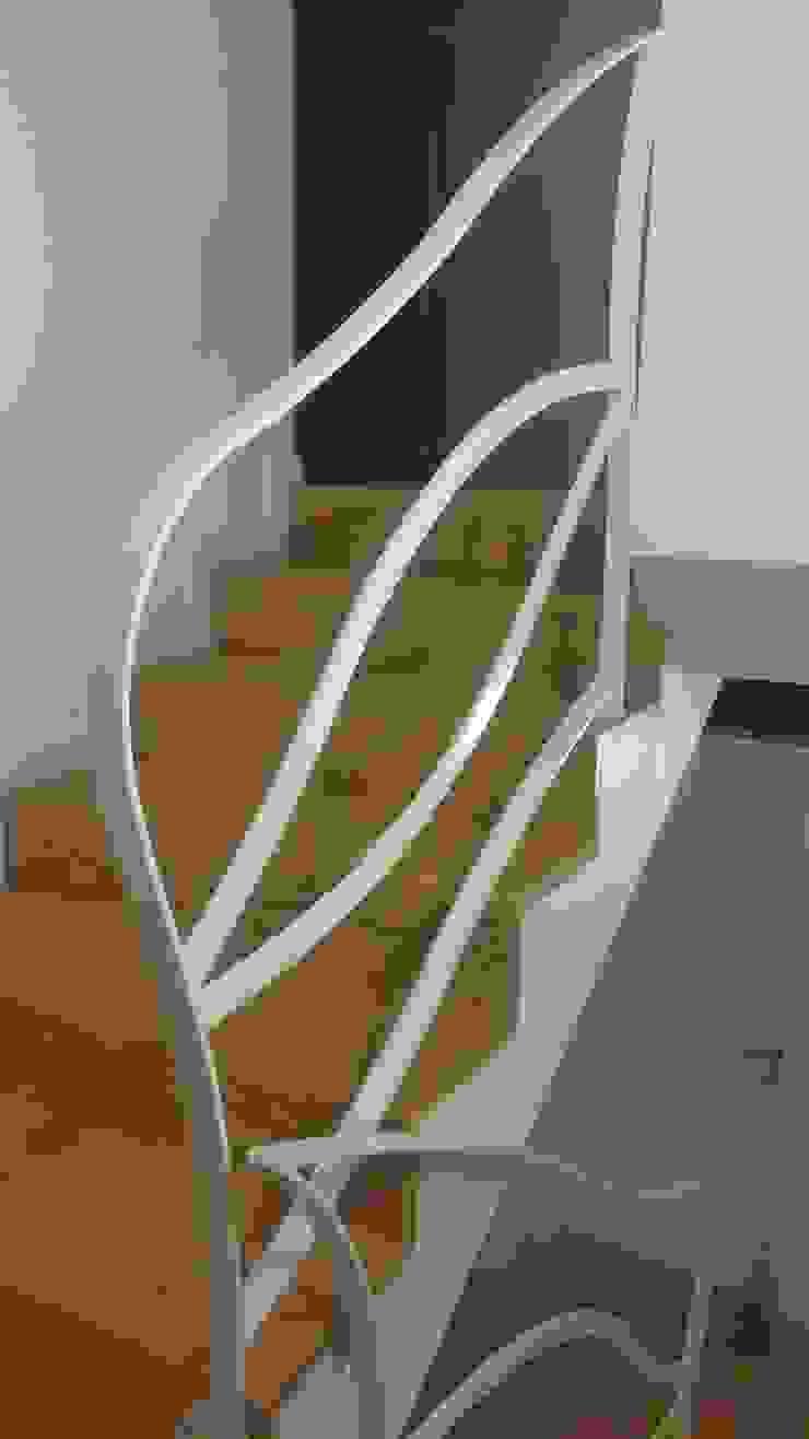 Forme snc. Minimalist house Iron/Steel White