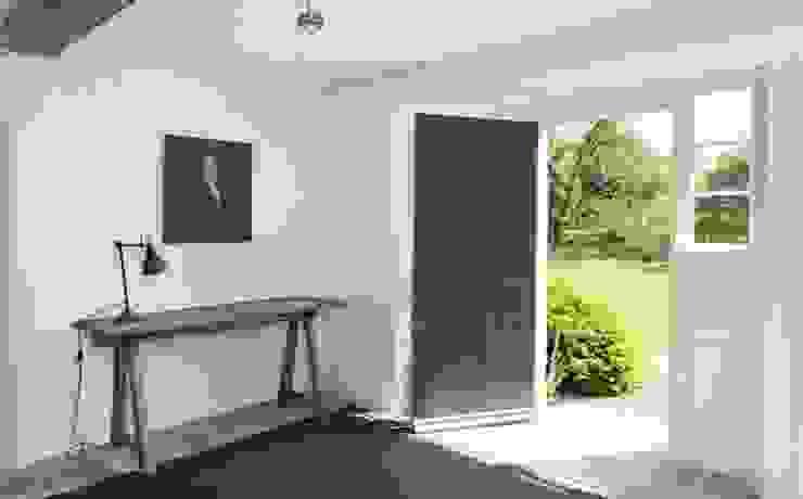 Stones Farm Hall My-Studio Ltd Country style corridor, hallway& stairs Limestone Grey