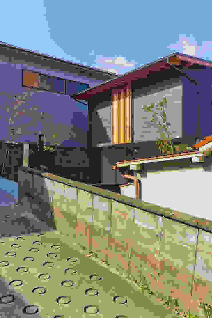 โดย エイチ・アンド一級建築士事務所 H& Architects & Associates สแกนดิเนเวียน