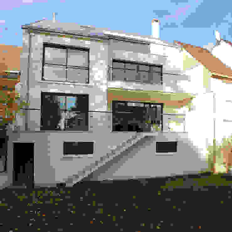 Modern houses by Daniel architectes Modern