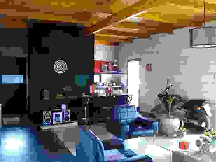 Гостиная в стиле минимализм от Marcelo Manzán Arquitecto Минимализм