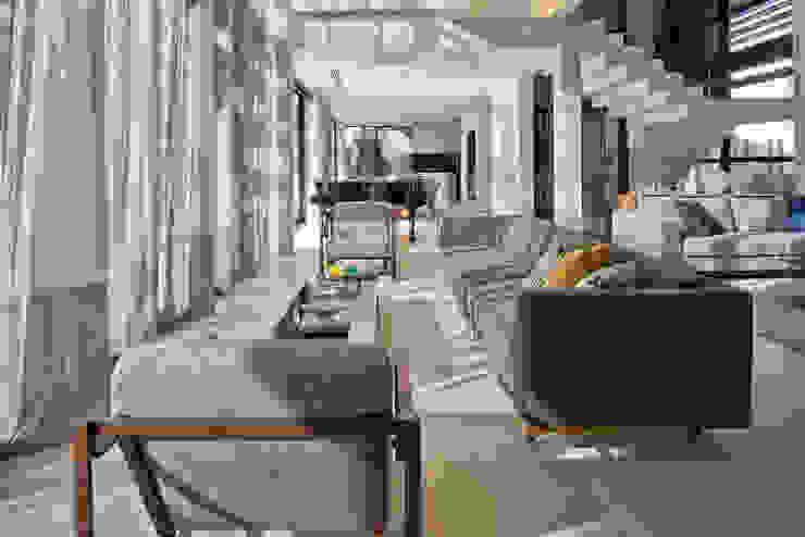 Living II Salas de estar modernas por Studio Leonardo Muller Moderno