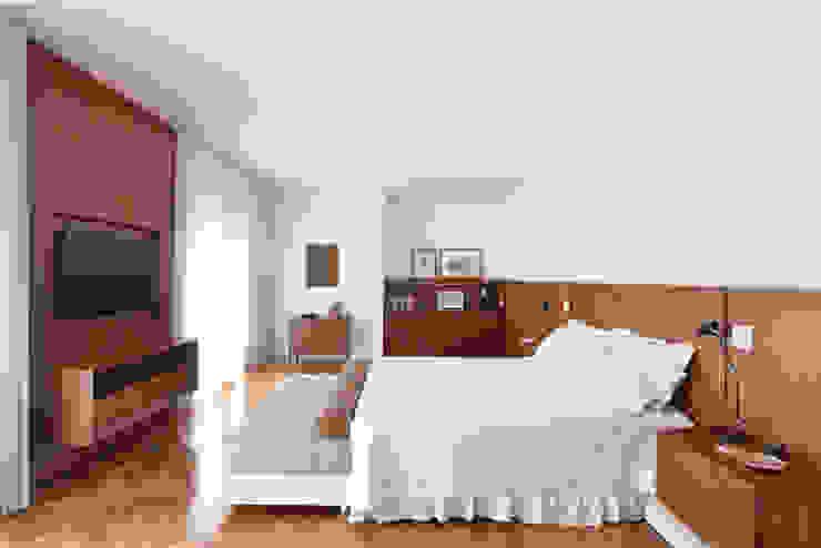 Quarto do Casal Studio Leonardo Muller Quartos minimalistas Madeira