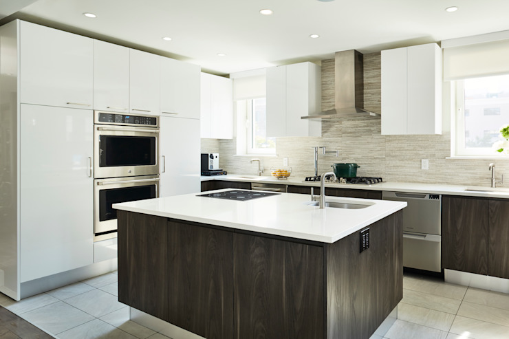 M Monroe Design Modern style kitchen