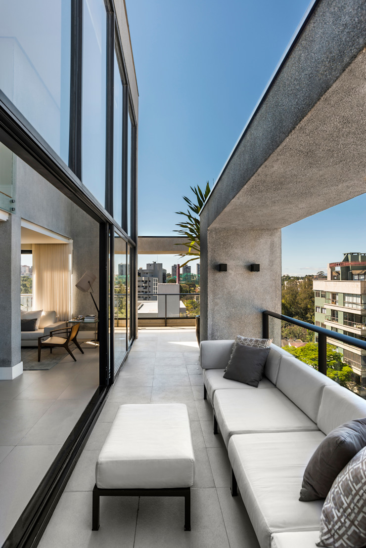 Terraço Varandas, alpendres e terraços modernos por Studio Leonardo Muller Moderno Concreto