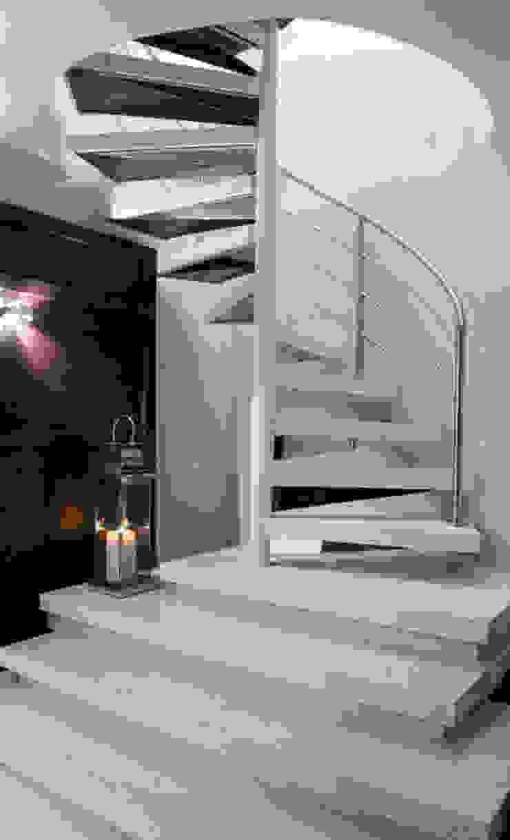 Escada Leque Studio Leonardo Muller Corredores, halls e escadas modernos Mármore Branco