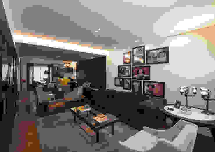 Sala de Estar Studio Leonardo Muller Salas de estar modernas Madeira Preto