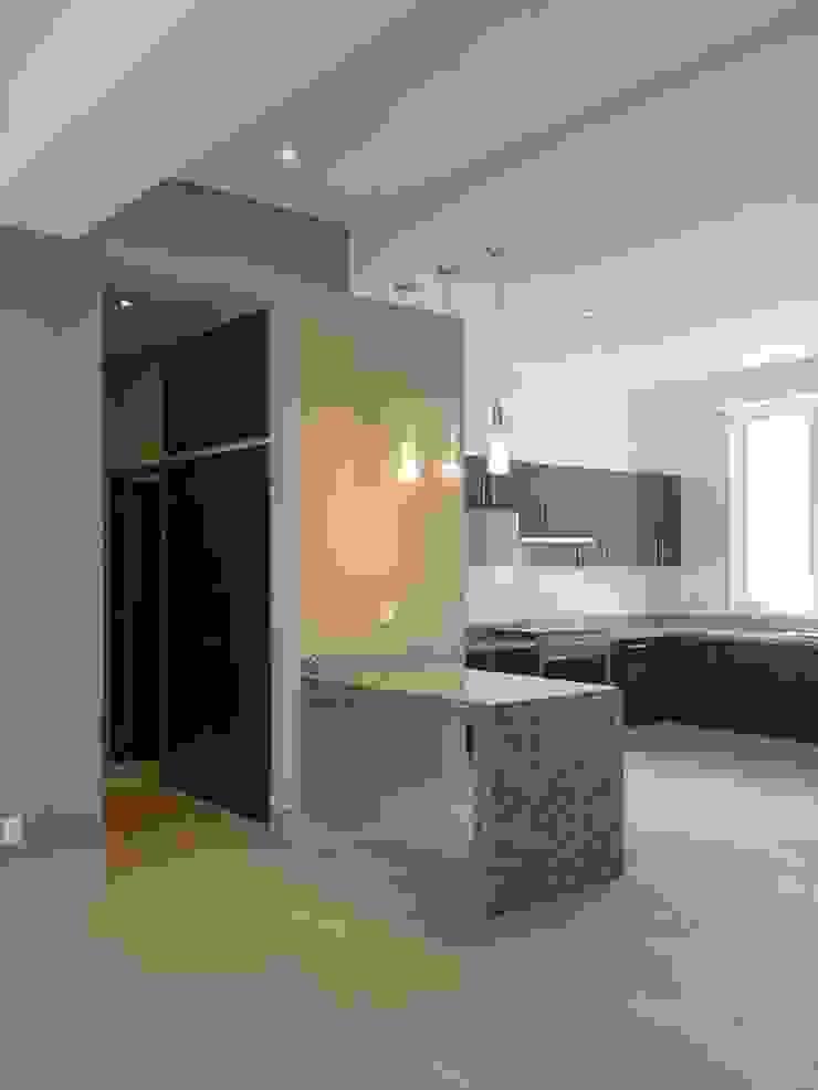 Departamento Paredes y pisos de estilo moderno de Alejandra Zavala P. Moderno