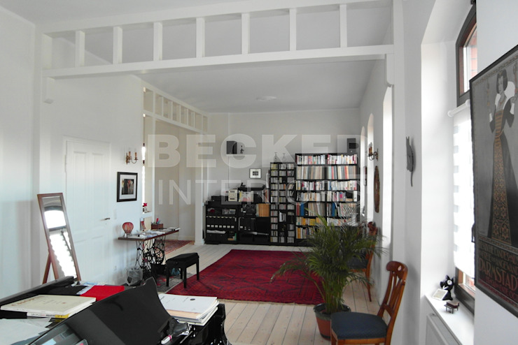 BECKER INTERIORS Study/office Wood White