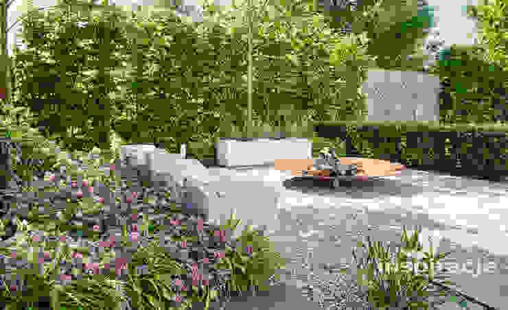 Giardino moderno di Studio architektury krajobrazu INSPIRACJE Moderno