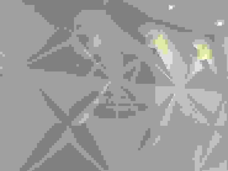 Revestimientos decorativos para muros interiores y exteriores. Star Panel de Creart Acabados Moderno Sintético Marrón