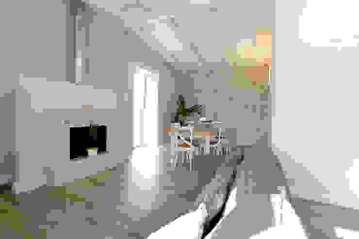 casa Mast Soggiorno in stile mediterraneo di yesHome Mediterraneo