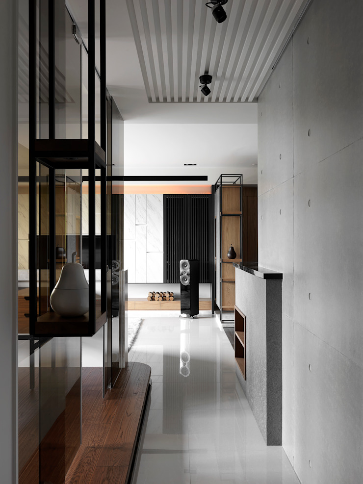 Asian style corridor, hallway & stairs by DYD INTERIOR大漾帝國際室內裝修有限公司 Asian