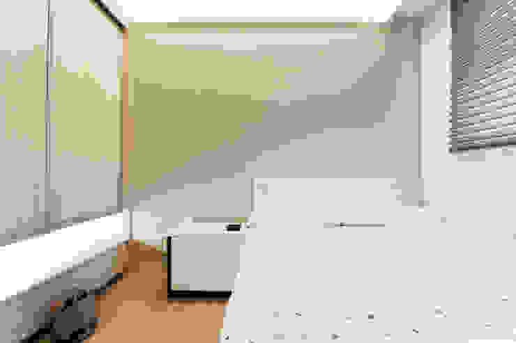 現代北歐 與 純淨人文的相遇   BRAVO INTERIOR DESIGN & DECO 根據 璞碩室內裝修設計工程有限公司 現代風