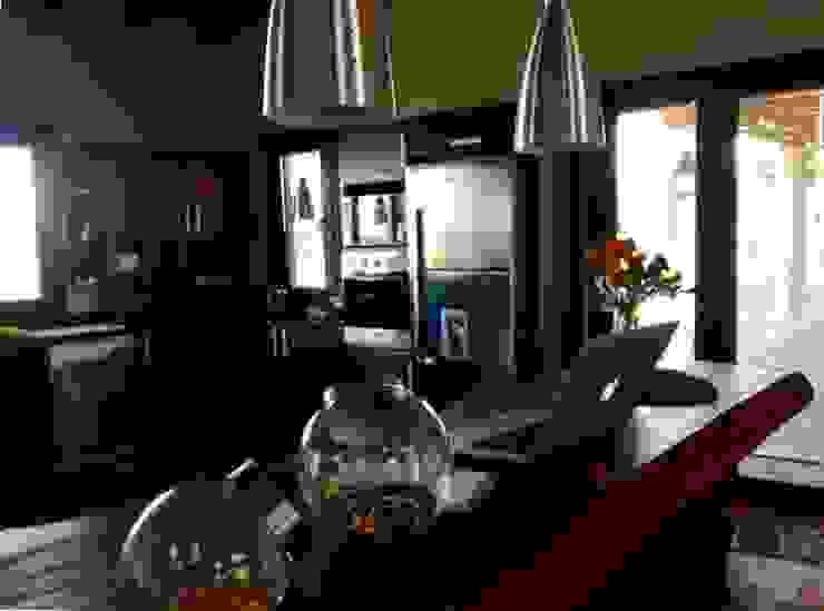 Vivienda en Algodon Wine Estates – Lote E12 Cocinas rústicas de Azcona Vega Arquitectos Rústico