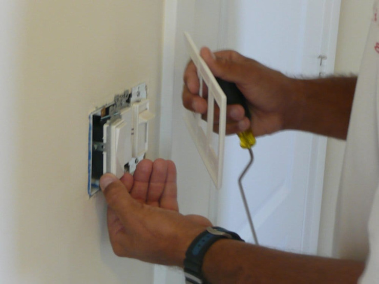 Switch repair by Electricians Cape Town
