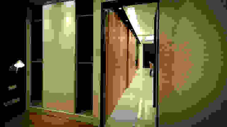 BRAVO INTERIOR DESIGN & DECO ZEN STYLE 現代風玄關、走廊與階梯 根據 璞碩室內裝修設計工程有限公司 現代風
