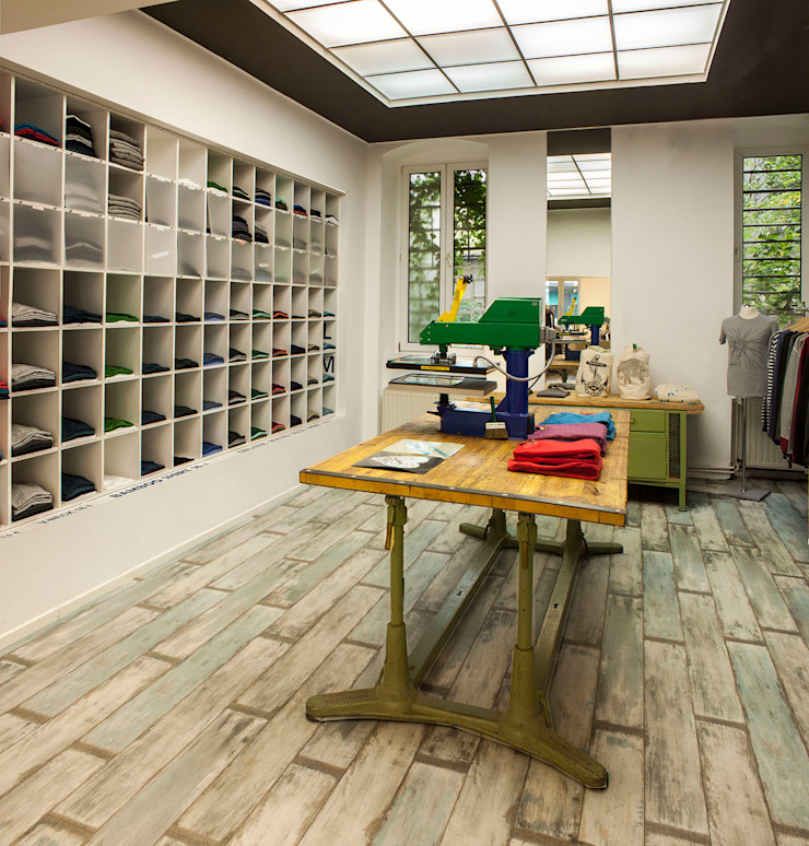 M Store Adeline Labord Interiors Industriale Ankleidezimmer