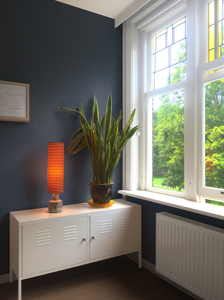 Farbkonzept Adeline Labord Interiors Moderne Wohnzimmer Blau