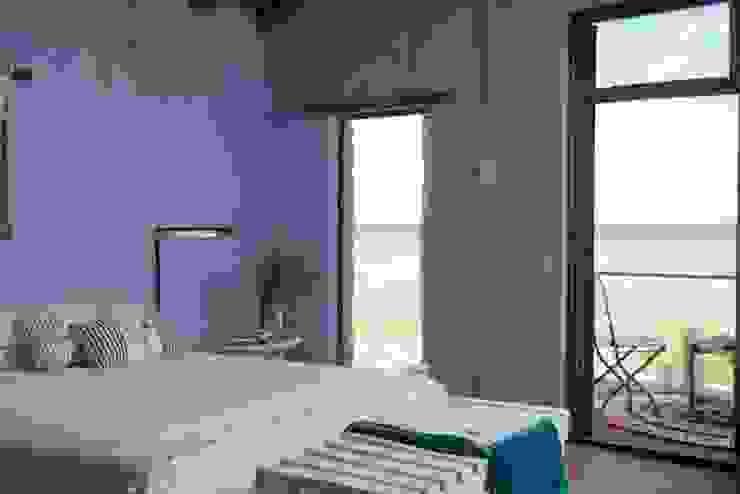 Casa Claudia Carboni Dormitorios de estilo rústico de Susana Bellotti Arquitectos Rústico