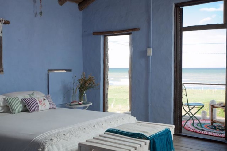 Bedroom by Susana Bellotti Arquitectos, Rustic