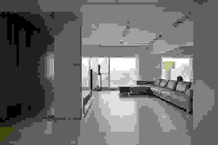 台中彭宅 根據 大言室內裝修有限公司 簡約風