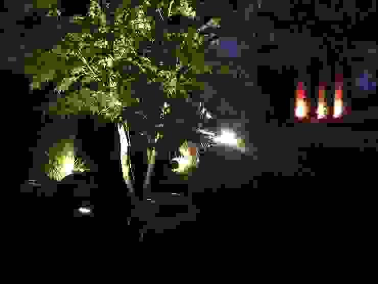 Dezente Beleuchtung macht einen Garten auch abends erlebbar dirlenbach - garten mit stil Klassischer Garten