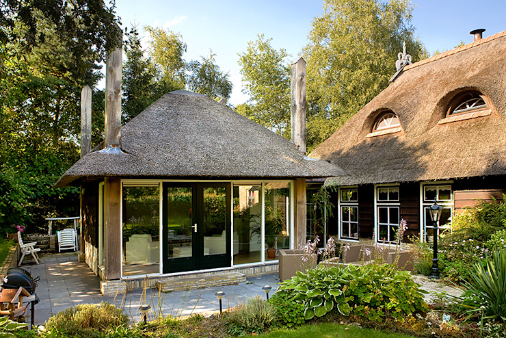 Country style conservatory by Sipma Architecten Country