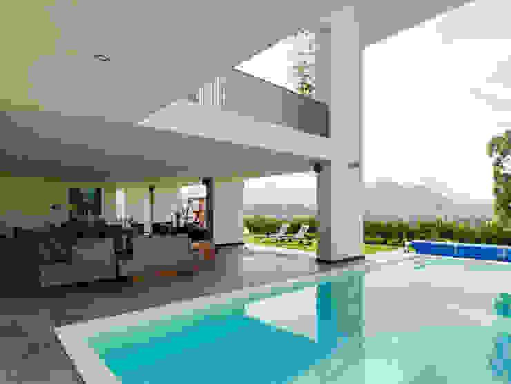 ALBERCA Albercas minimalistas de Excelencia en Diseño Minimalista Vidrio