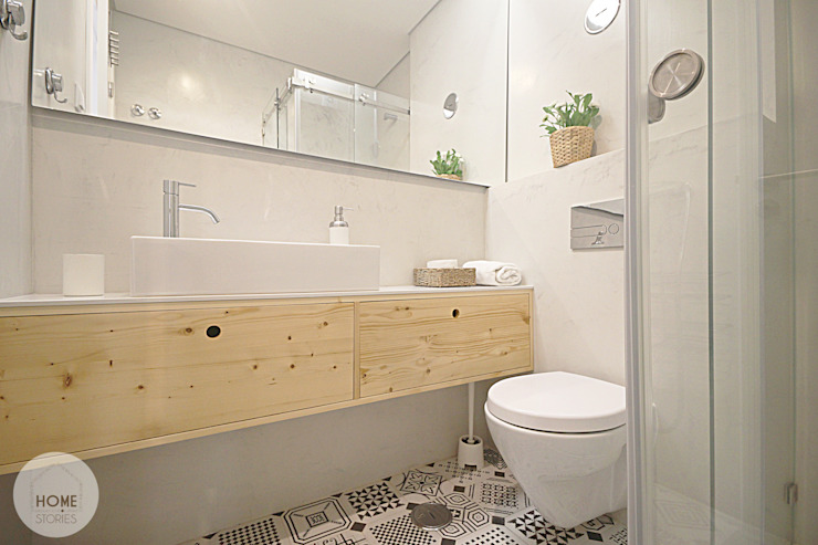 Scandinavian style bathrooms by homify Scandinavian