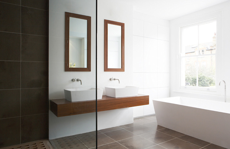 Precise Minimalism in Tooting Minimal style Bathroom by Elemental Architecture Minimalist