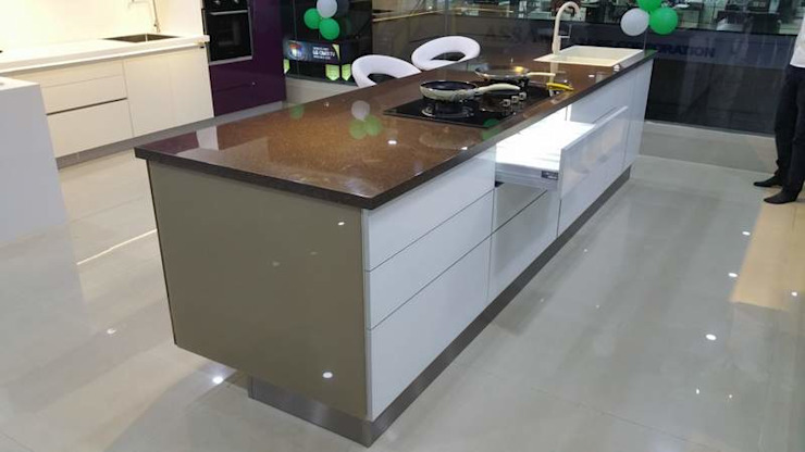 FULLY AUTOMATION HIGH END I-LAND KITCHEN DESIGN DONE BY AURRA: asian  by ASADA DECOR PVT.LTD,Asian Engineered Wood Transparent