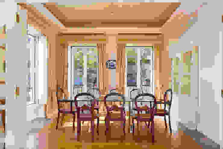 غرفة السفرة تنفيذ Pedro Brás - Fotógrafo de Interiores e Arquitectura | Hotelaria | Alojamento Local | Imobiliárias , كلاسيكي