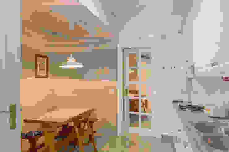 مطبخ تنفيذ Pedro Brás - Fotógrafo de Interiores e Arquitectura | Hotelaria | Alojamento Local | Imobiliárias , كلاسيكي