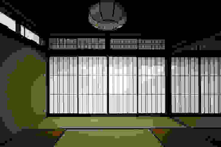和室2 モダンな 家 の H建築スタジオ モダン