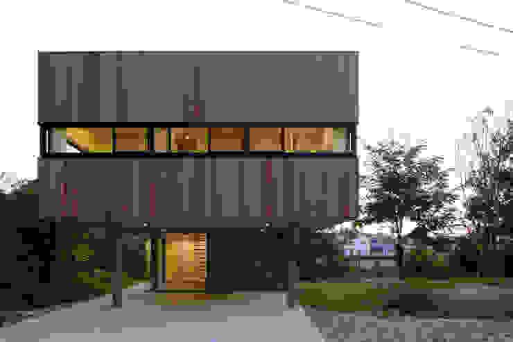Rumah Gaya Eklektik Oleh 株式会社CAPD Eklektik Kayu Wood effect