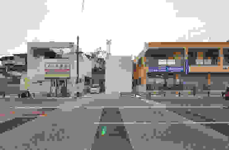 SMZT-HOUSE モダンな 家 の 門一級建築士事務所 モダン コンクリート