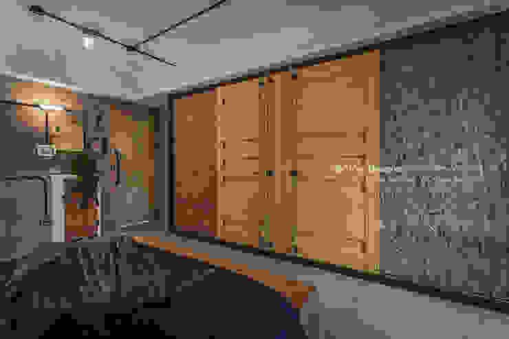 輕工業風-臥室 根據 大不列顛空間感室內裝修設計 日式風、東方風
