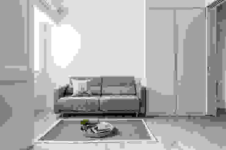 Skandinavische Schlafzimmer von 潤澤明亮設計事務所 Skandinavisch