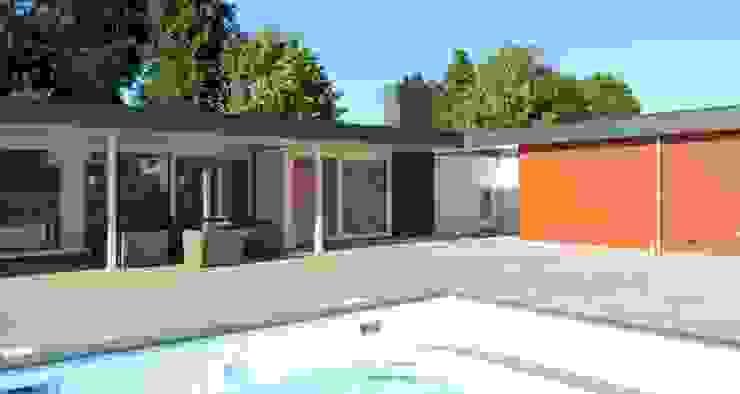 Restyling bestaande bungalow Modern Houses by Villa Delphia Modern