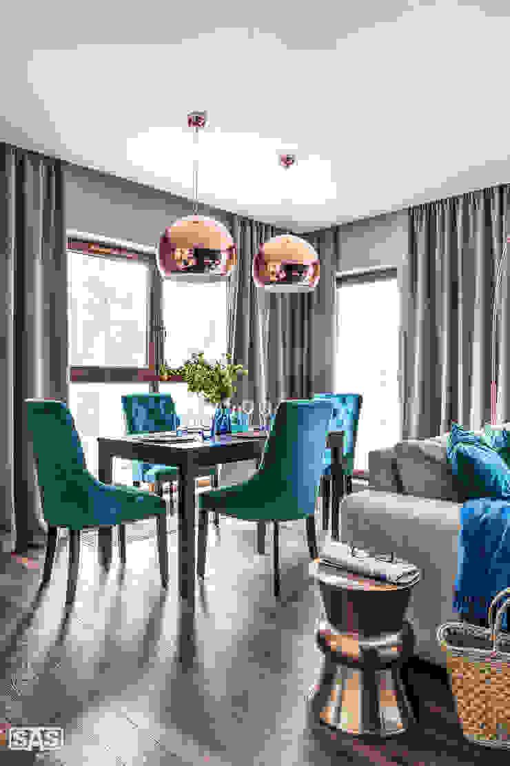Modern dining room by SAS Modern