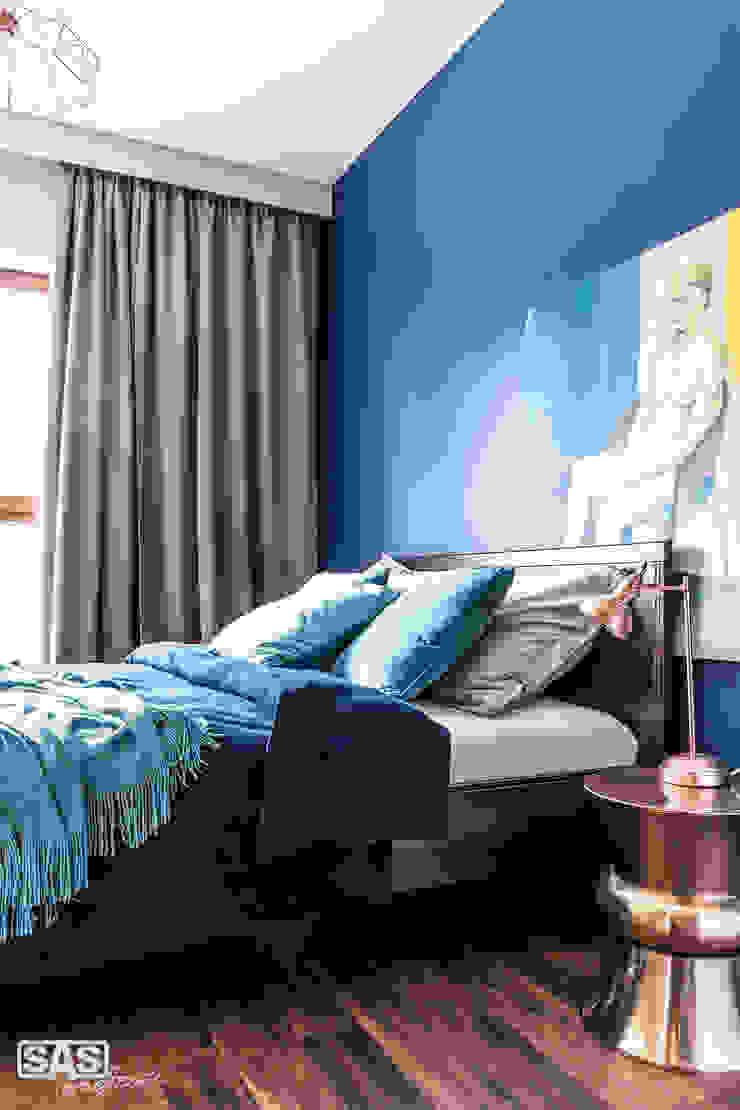 Modern style bedroom by SAS Modern