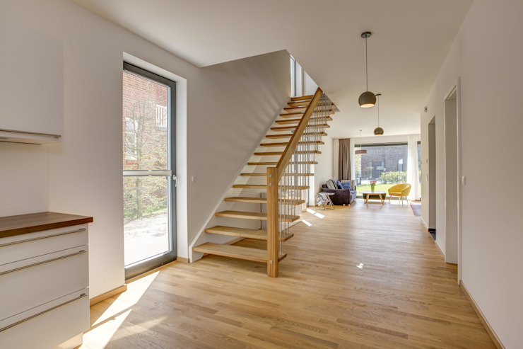 Koridor & Tangga Modern Oleh Architekturbüro Prell und Partner mbB Architekten und Stadtplaner Modern