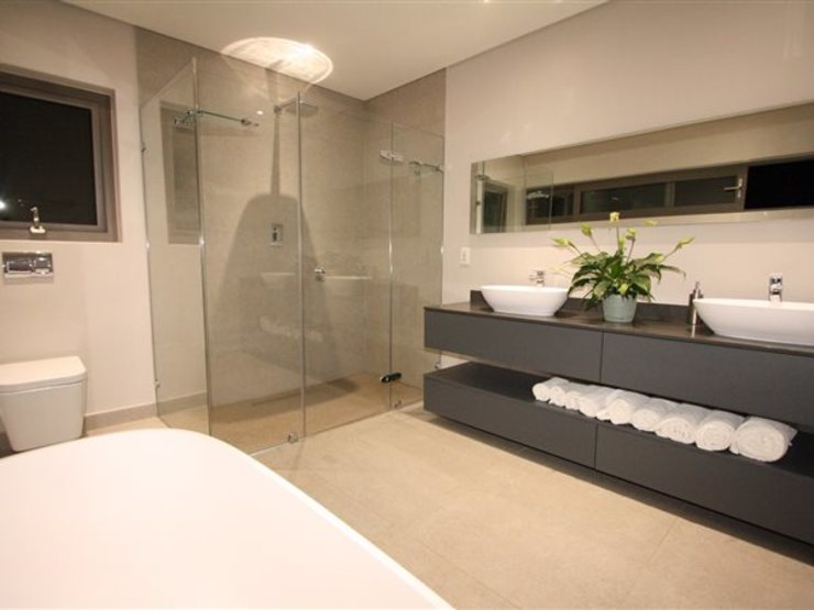 Bathroom E2 Architects Minimalist style bathroom Quartz Grey