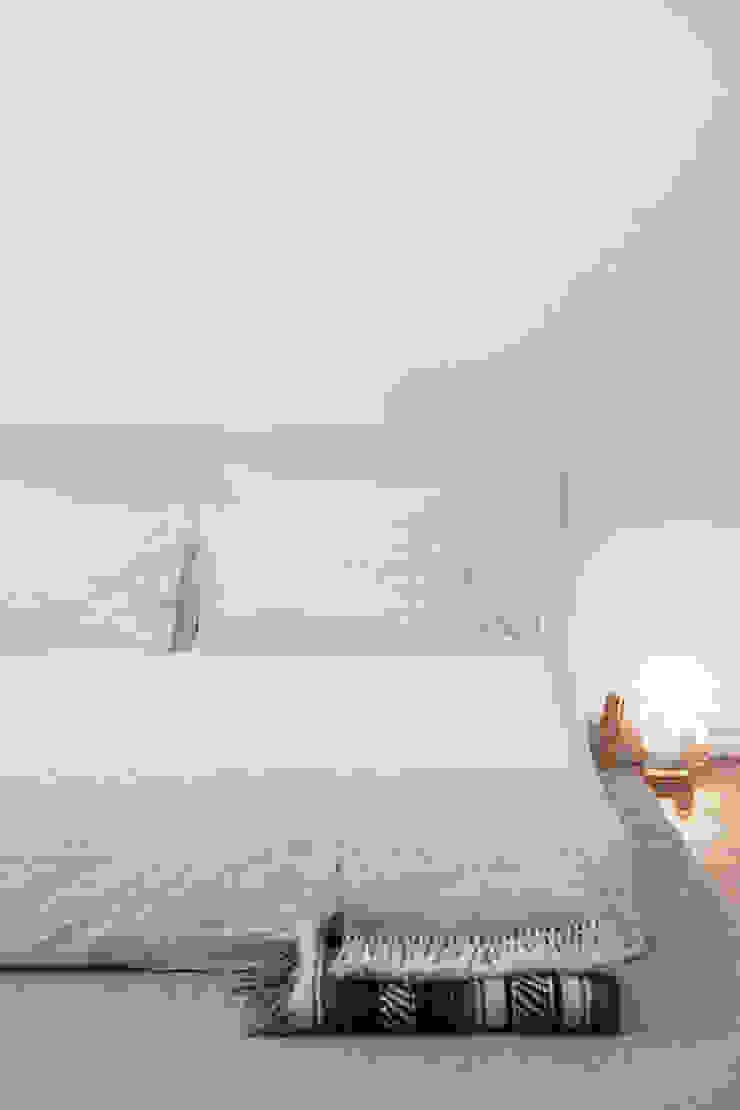 Detalhe da cama por Arkstudio Eclético
