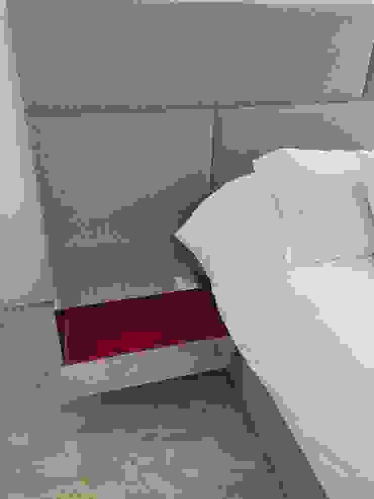 Apto. Los Palos Grandes. THE muebles Cuartos de estilo moderno