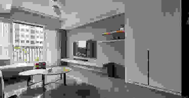 新業雅砌 现代客厅設計點子、靈感 & 圖片 根據 思維空間設計 現代風