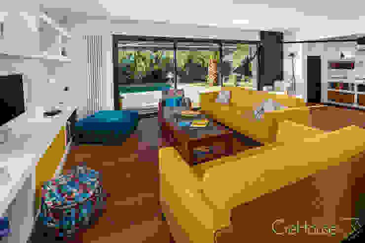 Salas de estar modernas por Agence CréHouse Moderno