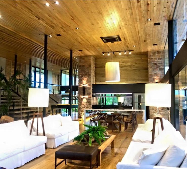 by Juliana Meda Arquitetura Rustic لکڑی Wood effect